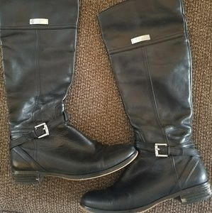 Black coach riding boots